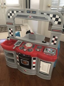 1950s style kitchen and diner playset