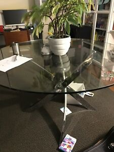 "Bowring 48"" round table"