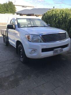 Toyota Hilux Workmate Low kms