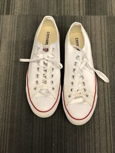 Chuck Taylor All Star Classic Optical White Size US 10.5 Mens