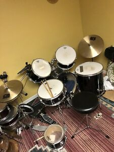 Drum kit w/ double bass pedal included!