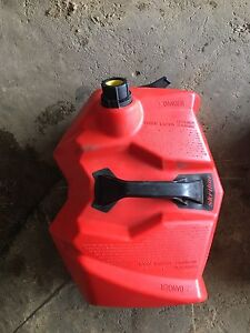 Linq skidoo jerry can