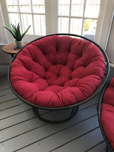 Indoor outdoor Papasan chair and cushions