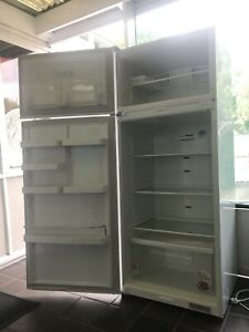 Fisher & Paykel 411 litre white fridge