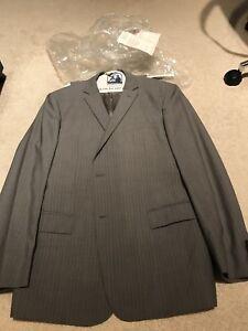 Perry Ellis men's suit. 44R