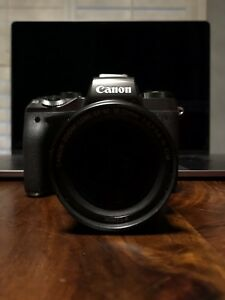 Canon EOS m5 w/ EF-M 18-55 f3.5-5.6 IS STM
