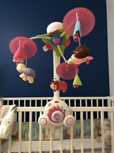 **Baby items(Musical Mobile, GYM)**