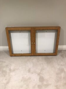 Narrow display case cabinet for wall mount