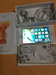 Unlocked iPhone 6s 16Gb Rose gold New Condition
