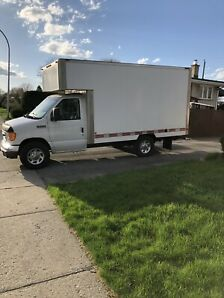 2006 Ford Ecololine cube 12 pieds