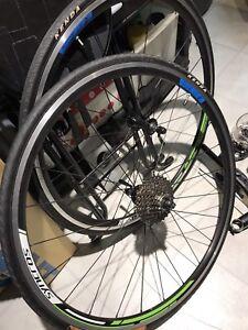 Shimano claris groupo plus wheelset