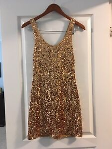 Beautiful golden dress perfect for Christmas or New Years