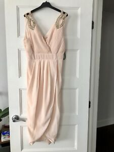 Blush pink dress/ robe de couleur Blush 40$