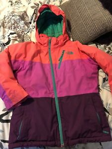 Girls The North Face jacket fits size 12