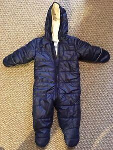 6-12m old navy snowsuit