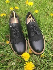 BNIB Clark's Oxfords Size 8 - offers/trades considered