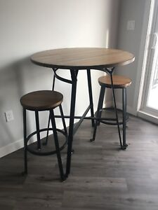 Bistro set - 2 stools and 1 table
