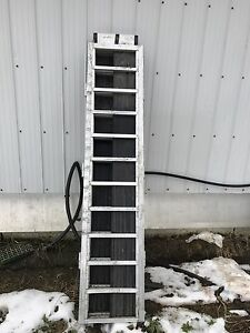 Tri Fold Aluminum Ramp