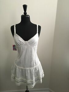 465957a9007 Cute white TNA summer dress size L