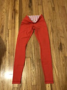 Lululemon coral leggings