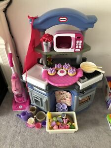 Little tykes kitchen and accessories