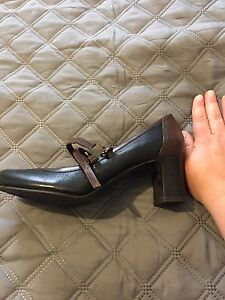 Naturalizer  N5 Comfort Shoes-Never worn