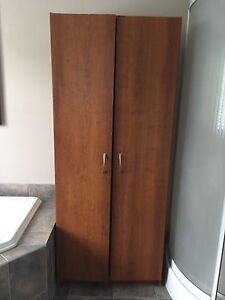 Armoire 3 tablettes