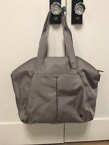 lululemon bag gray - like new