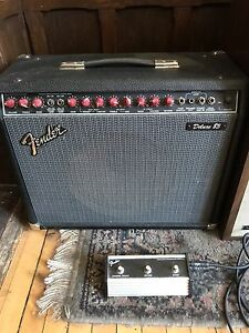 Fender deluxe 85  - red knob