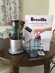 Breville the Juice Fountain Plus with whole feed chute