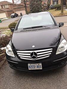 Selling Mercedes Benz B200