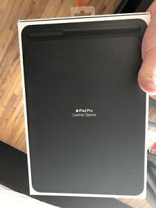 iPad Pro 10.5 Apple Leather Sleeve