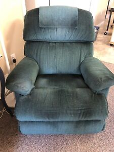 La-Z-Boy Chair ** good condition **
