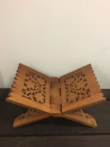 Hand carved books stand