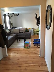 TOWNHOUSE to rent- 3 bedroom, 1.5 bath, with full basement-APRIL
