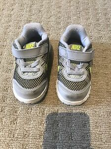 BABY BOYS NIKE RUNNERS SNEAKERS SHOES Narre Warren South Casey Area Preview