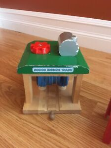 Thomas Train table and accessories