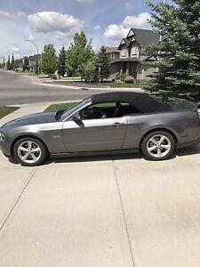 Low Km 2011 Mustang 5.0L GT convertible