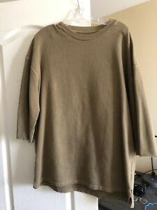 f398ff8103c82 Yeezy Season 1 Short Sleeve Crew