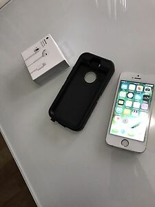 Mint condition IPhone 5s 16Gb !!!