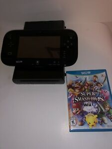 Wii u 32 Gb Like New With Game (NEGOTIABLE)