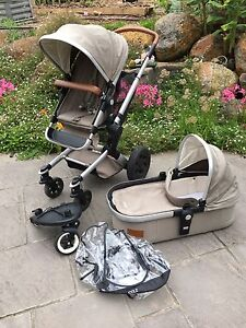 Joolz Day Earth pram (Elephant Grey) with toddler board and extras Ballarat Central Ballarat City Preview