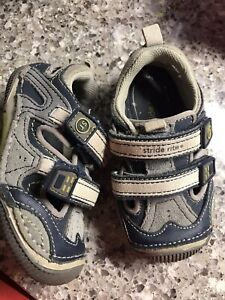 Stride rite toddler size 6
