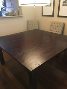 "Table carré 60"" x 60"" - square table"