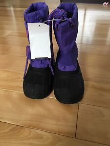 Girls Kamik Snow Boots size 8T