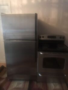 Like new fridge and stove for sale