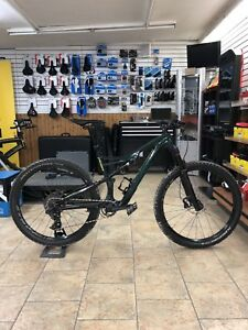 2018 Specialized Camber Comp Carbon - Demo