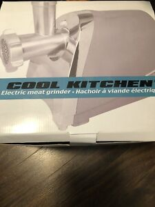 New. Cool Kitchen electric meat grinder. .