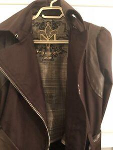 Très beau manteau Mackage taille XS-S