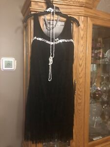 FLAPPER HALLOWEEN COSTUME MEDIUM
